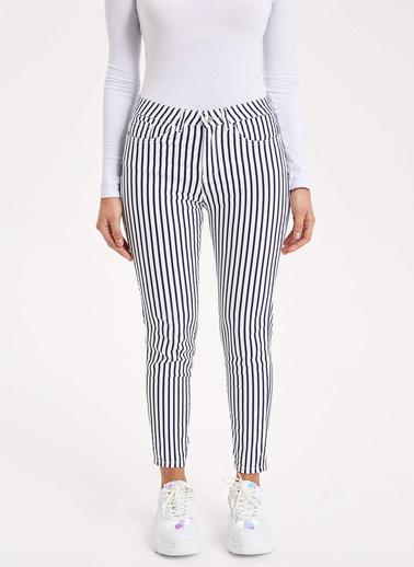 DeFacto Super Skinny Çizgili Pantolon Beyaz